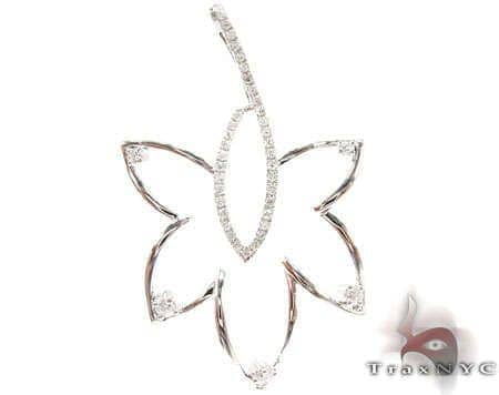 Diamond Leaf Pendant Stone