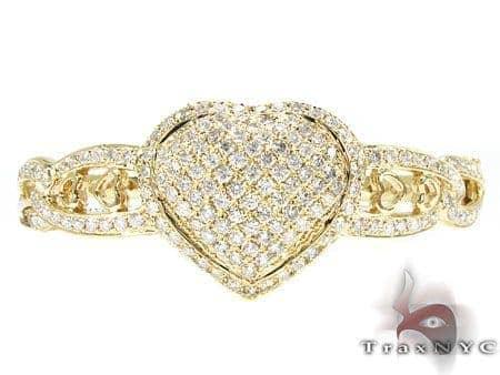 YG Centered Heart Bracelet Diamond