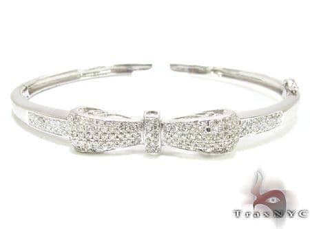 Bow Bangle Bracelet Diamond