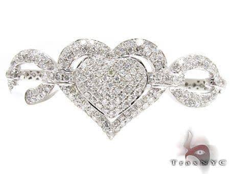 Zoey Heart Bangle Bracelet Diamond