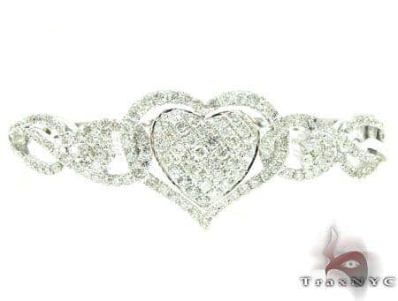 WG Zoey Heart Bangle Bracelet 2 Diamond