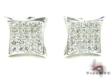 WG Rook Earrings Stone