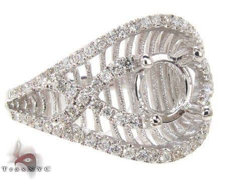 Lavish Semi Mount Ring Engagement