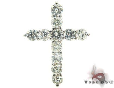 Cougar Diamond Cross Crucifix Stone