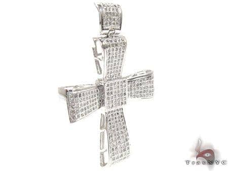 Center Cross Crucifix Diamond
