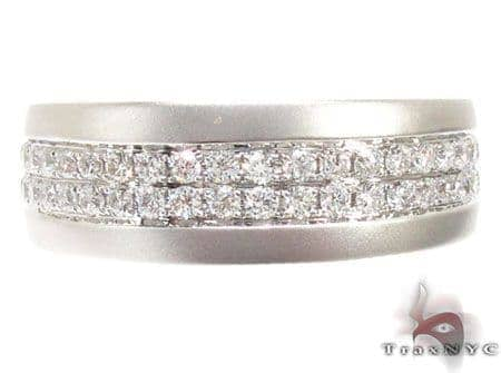 14k White Gold Diamond Wedding Band Stone