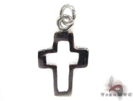 Sterling Silver Small Outline Cross Crucifix Style