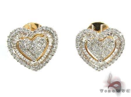 Ladies Yellow Gold Diamond Heart Stud Earrings 20893 Style