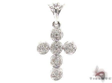 Ladies Prong Diamond Cross Crucifix 21536 Style