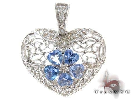 Hollow Heart Pendant Stone