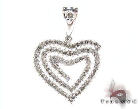 White Gold Round Cut Prong Diamond Heart Pendant Style