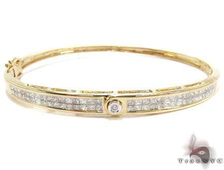 Yellow Gold Princess Round Cut Invisible Bezel Diamond Bangle Bracelet Bangle