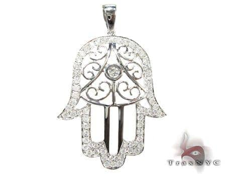 White Gold Hamsa Diamond Pendant Stone