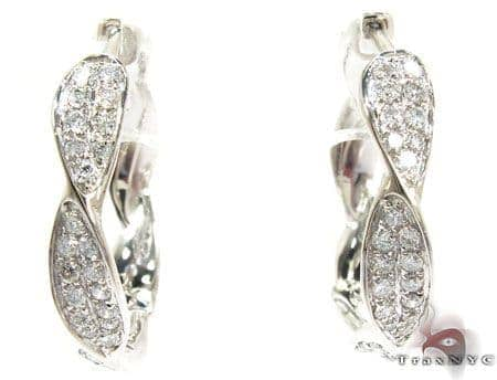 14K Gold Diamond Twisted Hoop Earrings 25600 Style