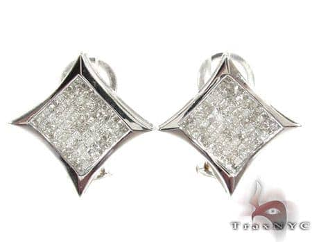 Sharp White Gold Diamond Earrings 26027 Stone