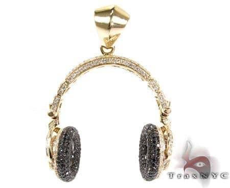 Headphone Diamond Pendant Metal