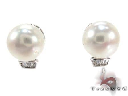 White Pearl Diamond Earrings 27343 Stone