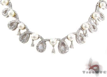 Cerenade Pearl Diamond Necklace Diamond