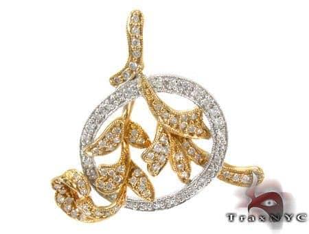 Leaves Diamond Pendant Stone