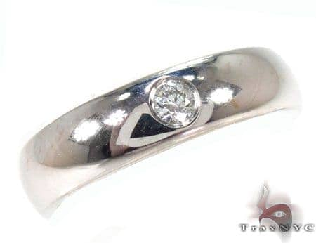 Outstanding Piece of Men Engagement Ring Style