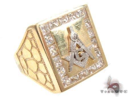 CZ 10K Yellow Gold G Ring 33306 Metal