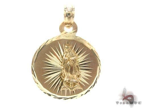 10K Gold Pendant 34776 Metal