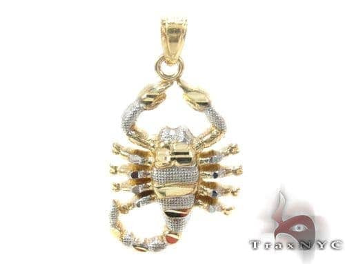 10K Gold Pendant 34810 Metal