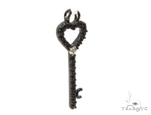 Bezel Diamond Heart Key Pendant 37152 Metal