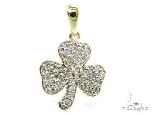 Prong Diamond Three Leaf Clover Pendant 37485 Stone