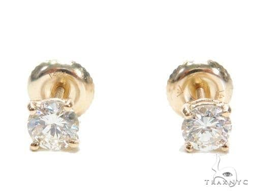 Prong Yellow Gold Stud Earrings Style