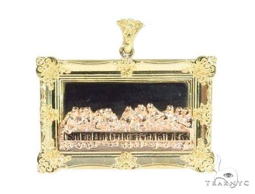 10k Three Tone Gold Last Supper Pendant Metal