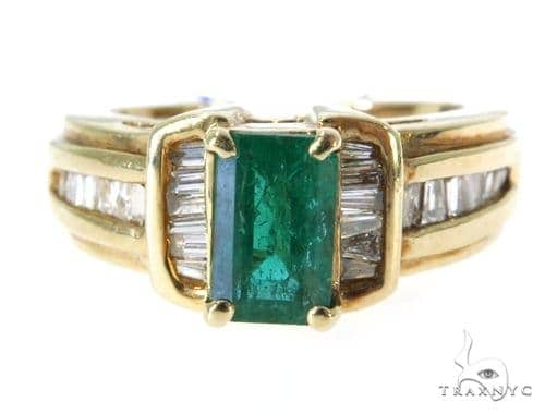 Chanel Emerald Diamond Ring 49081 Anniversary/Fashion