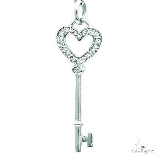 Diamond Heart Key Pendant Necklace in 14k White Gold Stone