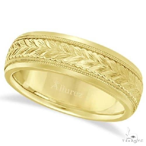 Hand Engraved Wedding Band Carved Ring in 14k Yellow Gold (4.5mm) Metal