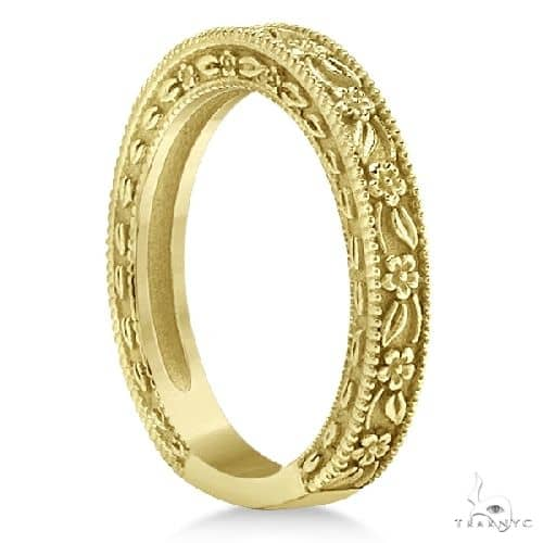 Carved Floral Designed Wedding Band Anniversary Ring in 14K Yellow Gold Anniversary/Fashion
