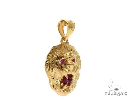 TraxNYC Ruby Lion Pendant 61604 Metal