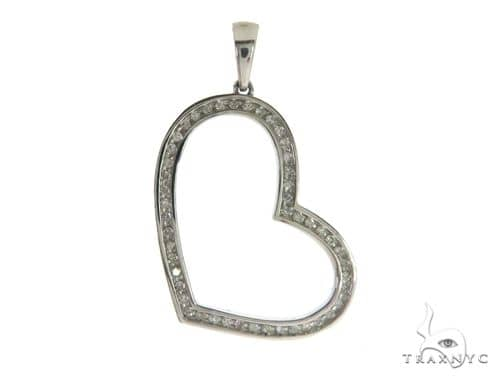 10K White Gold Diamond Heart Pendant 63402 Stone