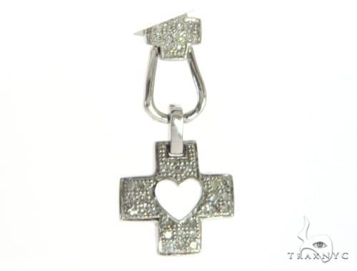 14K White Gold Diamond Cross Crucifix Pendant. 63403 Stone