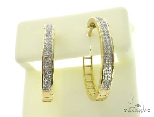 14K Yellow Gold Diamond Stud Round Earrings. Stone