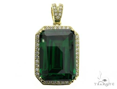 Green Treasure Gold Pendant 63436 Metal