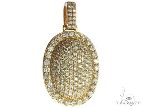 14K Yellow Gold Diamond Round Pendant 63948 Stone