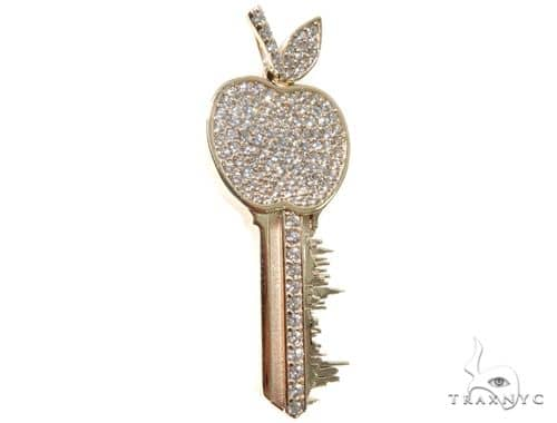 Custom Diamond New York Skyline Key Charm Pendant Stone