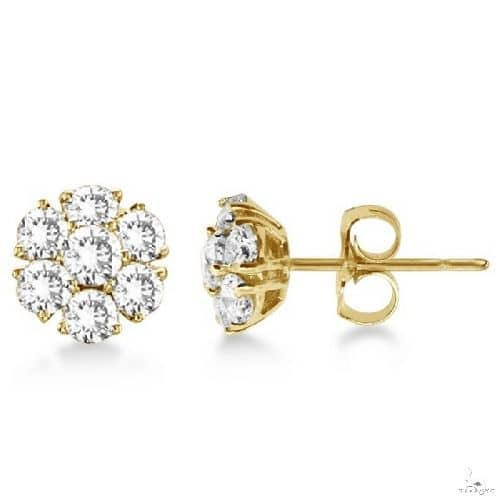 Diamond Flower Cluster Earrings in 14K Yellow Gold (1.20ctw) Stone