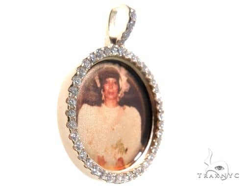 14K Gold Custom Photo Pendant 1 Inch 64428 Stone