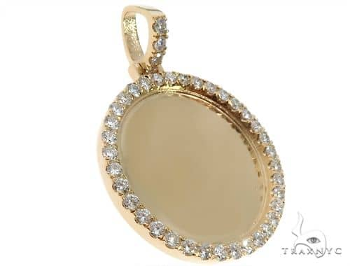 14K Yellow Gold Customizable Photo Pendant 1.5 inches 64628 Stone