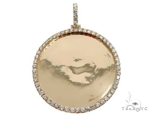14K Yellow Gold Customizable Photo Pendant 2 inches 64631 Metal
