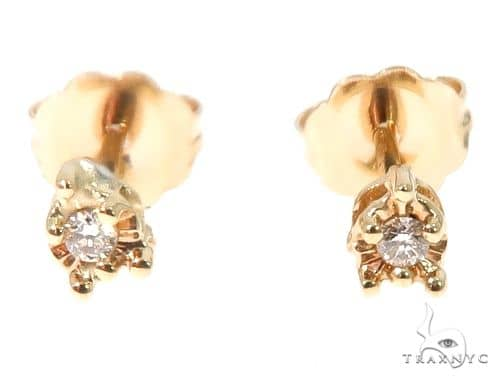 14k Yellow Gold Diamond Stud Earrings 64673 Style