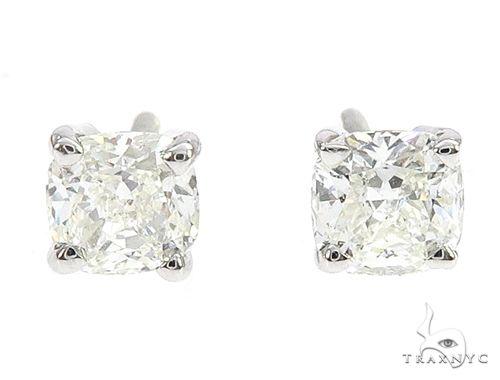 18k White Gold Solitaire Diamond Studs 65006 Stone