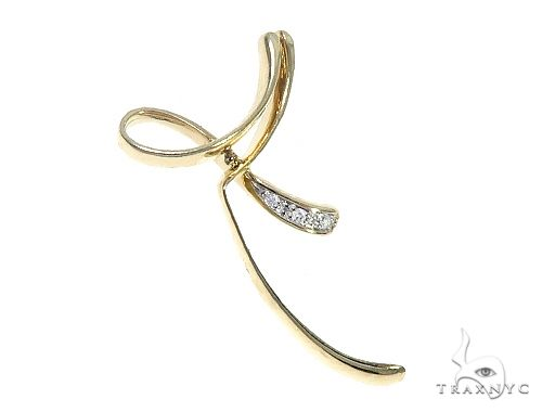 10K Yellow Gold Women Charm Pendant 65266 Stone