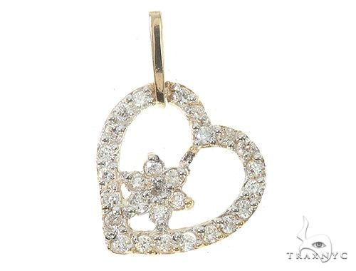 14K Yellow Gold Diamond Heart Pendant 65450 Stone